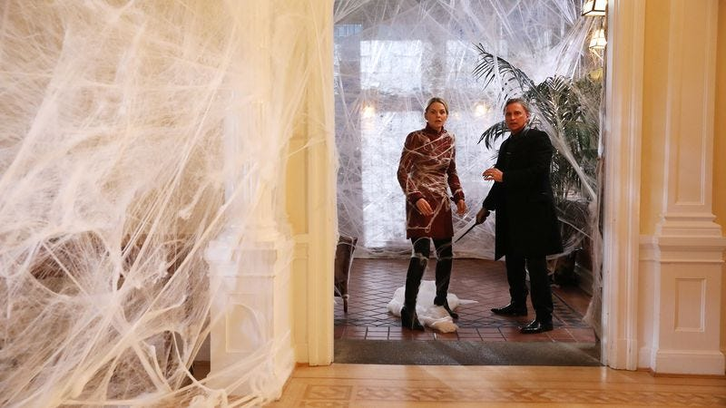 Who's going to clean up Emma's house? (Photo: ABC)