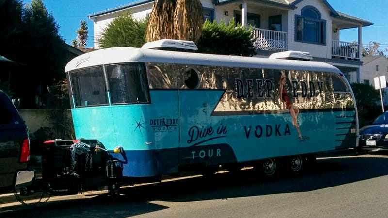 Illustration for article titled Vodka Trailer in Pacific Beach