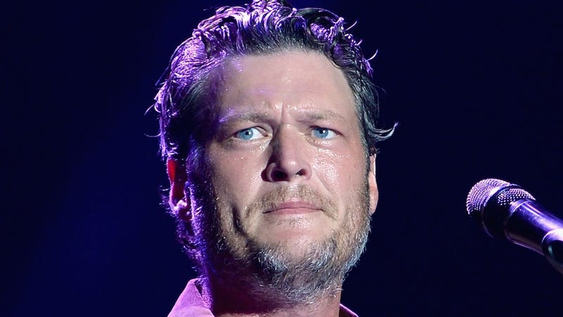Illustration for article titled Blake Shelton's Alleged Mistress Cady Groves Is Popping Off on Twitter