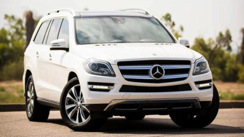 Illustration for article titled At $31,500, Would You Dip Your Toes Into The Three Rows of This 2013 Mercedes Benz GL350 Designo Bluetec?