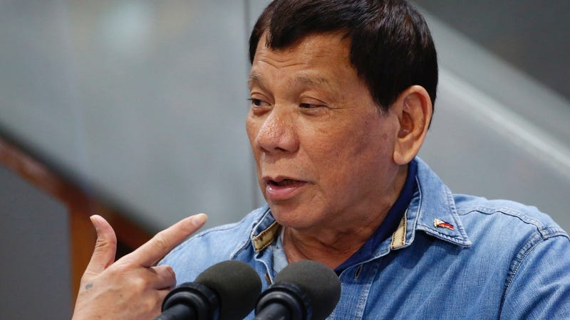 Homicidal Asshole Rodrigo Duterte Claims Facebook Fact-Checkers Are Biased, Might Be Funded by the CIA