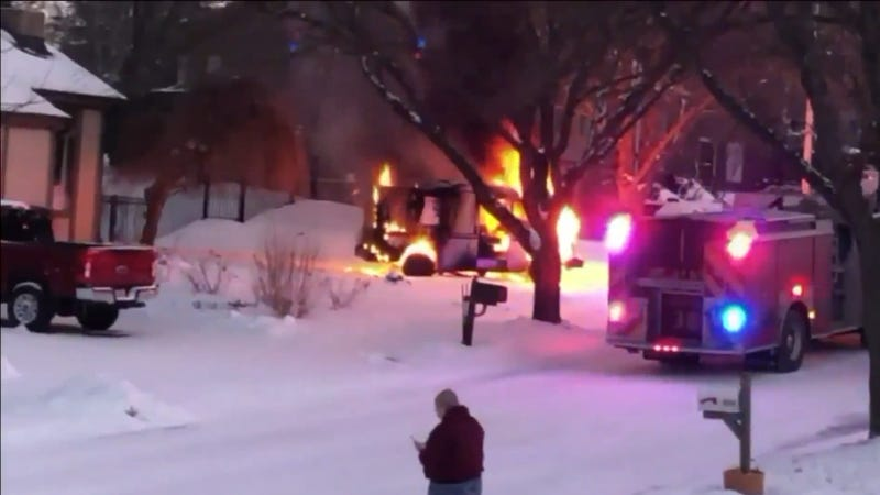 Illustration for article titled USPS Truck Explodes in Flames After Getting Stuck Driving Up an Icy Hill