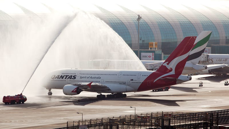 Illustration for article titled American Express Just Added Qantas As a Transfer Partner: Here's Why You Should Care