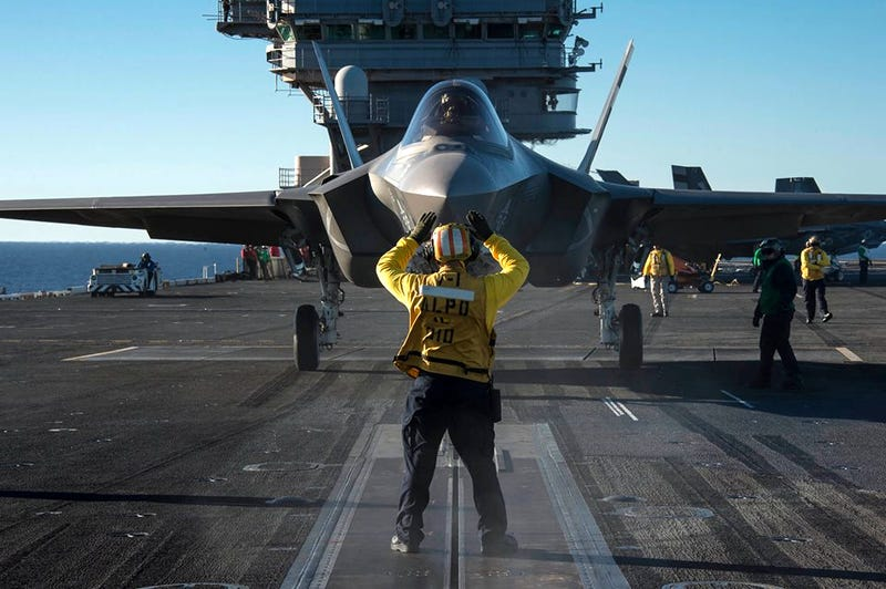 Illustration for article titled F-35C Catapults Off The Deck Of A Super Carrier For The First Time