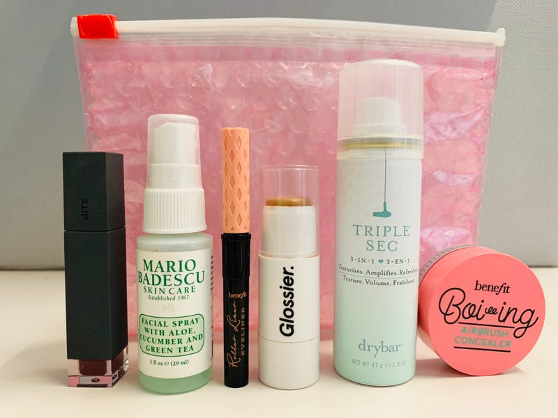 The Six Mini Makeup Products That I Always Have On Me