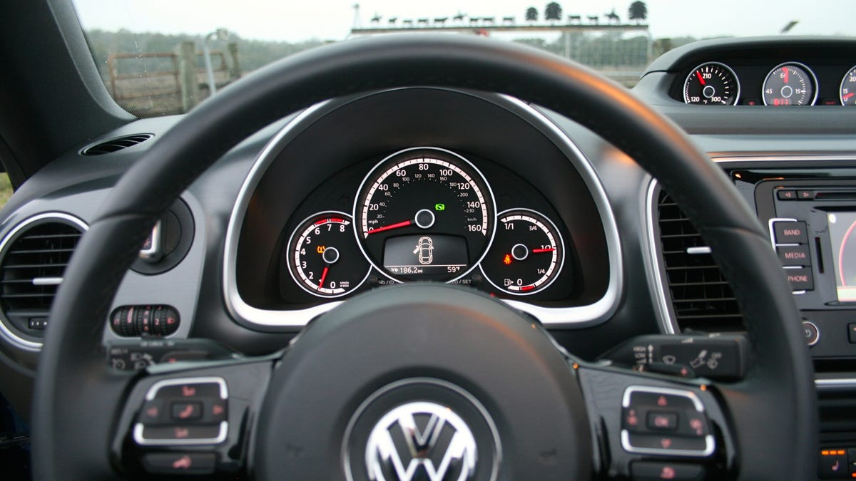 2015 volkswagen beetle convertible r line the jalopnik review reviewsmspy