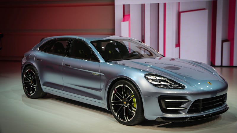 Illustration for article titled Porsche Panamera Sport Turismo: First Ultra Super Sexy Live Shots
