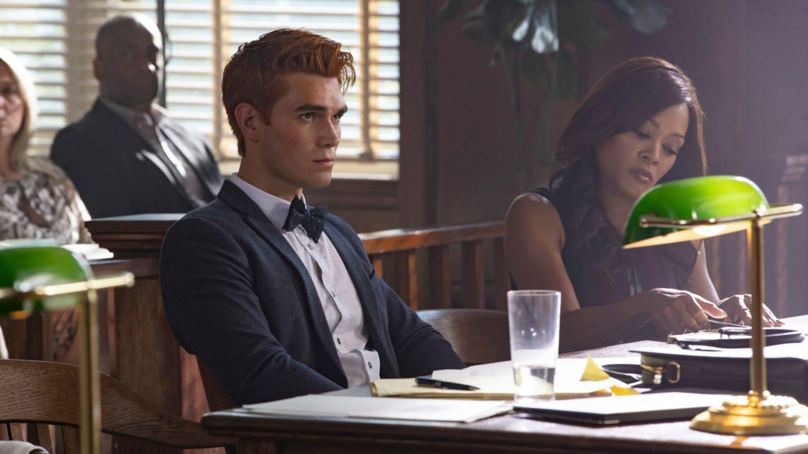 The season 3 premiere of Riverdale was pretty boring, giving