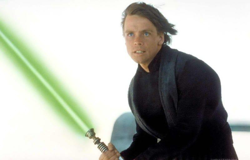Illustration for article titled Se filtra la primera foto de Luke Skywalker en Star Wars: The Force Awakens (Actualizado)