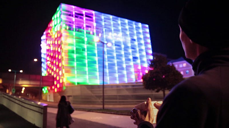 Illustration for article titled This Building is Controlled by a 3D-Printed Rubik's Cube