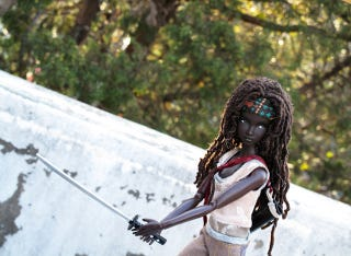Illustration for article titled Oh my god why isn't this Michonne from The Walking Dead Barbie real