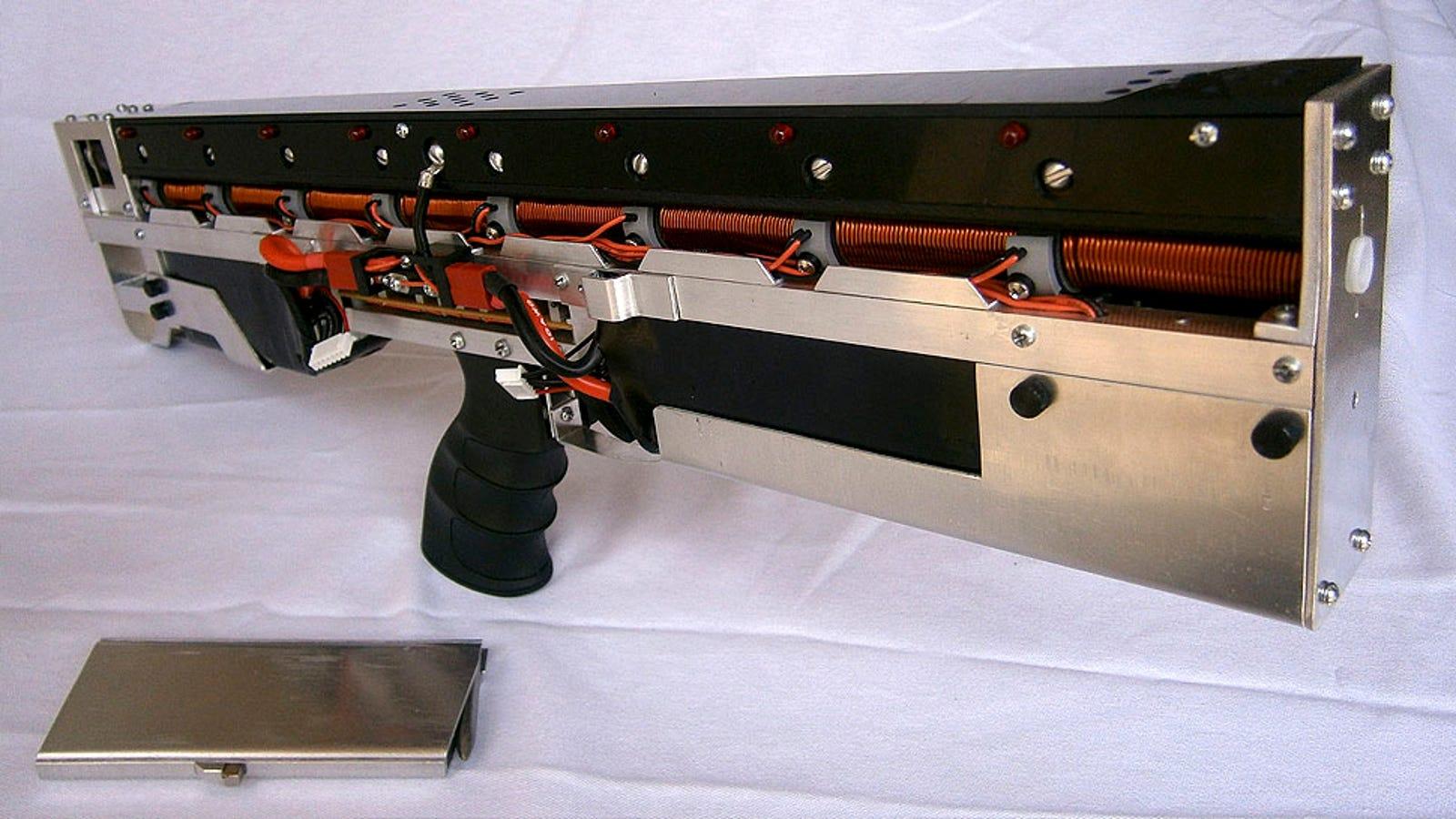 El rifle electromagnético ideal para destrozar portátiles