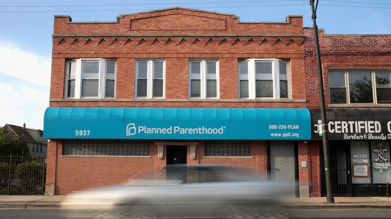 A motorist passes a Planned Parenthood clinic on May 18, 2018 in Chicago, Illinois.