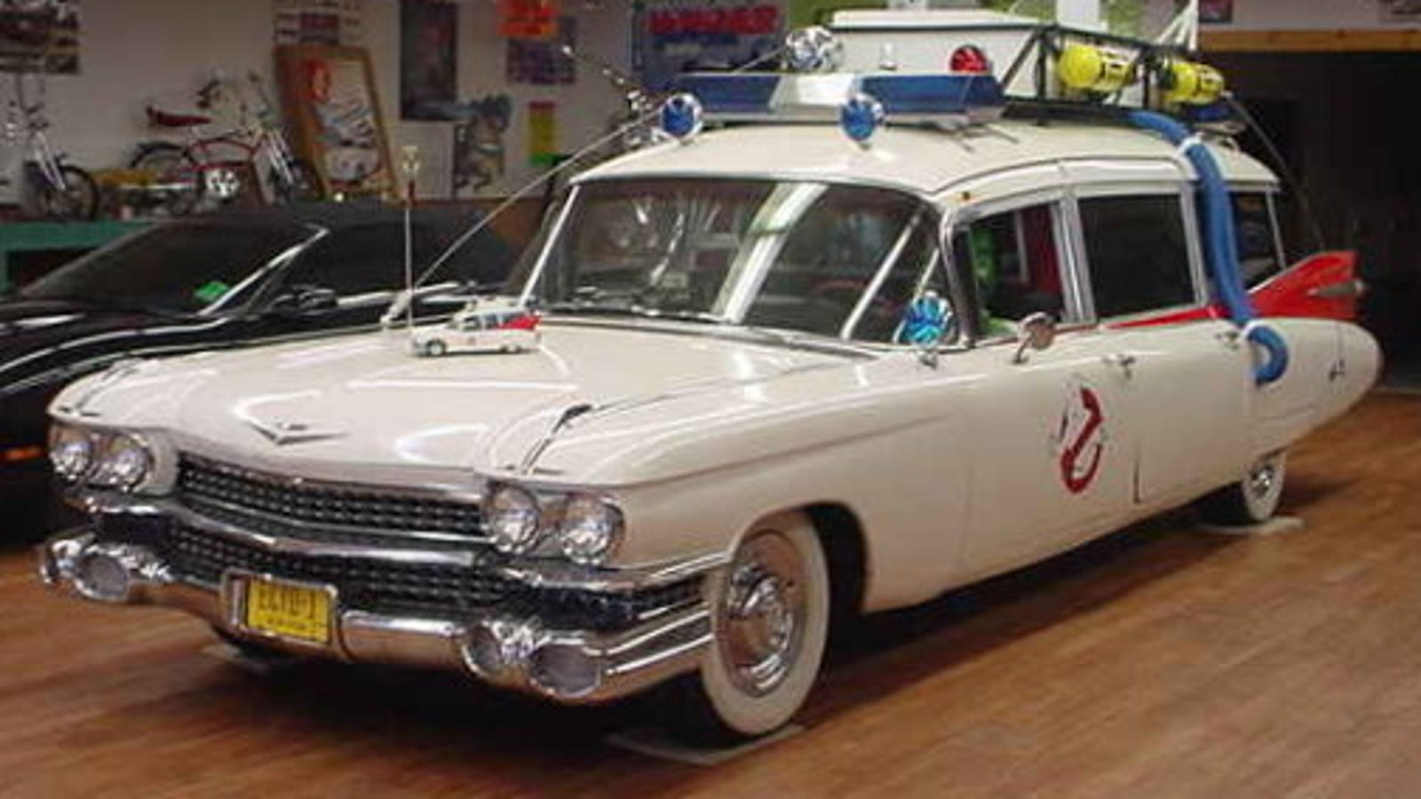 ghostbuster 39 s ecto 1 for sale high miles some slime damage. Black Bedroom Furniture Sets. Home Design Ideas