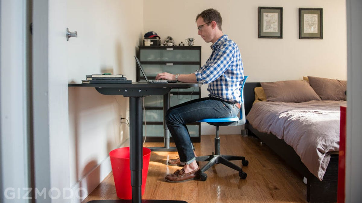 Ikea sit stand desk review i can t believe how much i like this