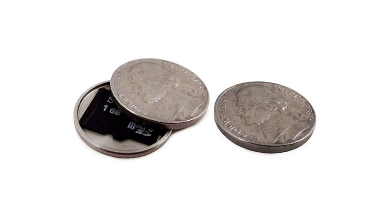 Illustration for article titled These Stash Coins Are a Fantastic Way to Lose Your SD Card