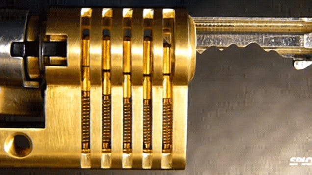 How A Lock Works Explained In One Perfect Cutaway Video