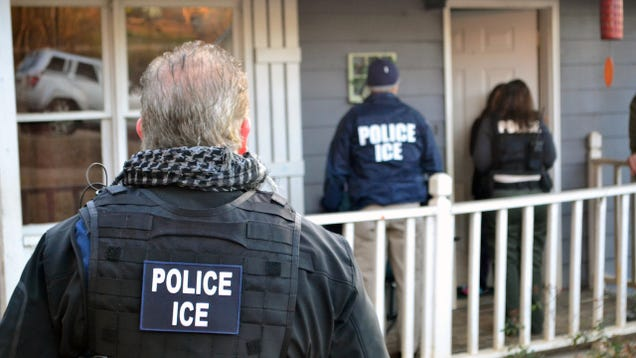 Federal Agents Are Now Using 'Stingrays' to Track and Capture Undocumented Immigrants