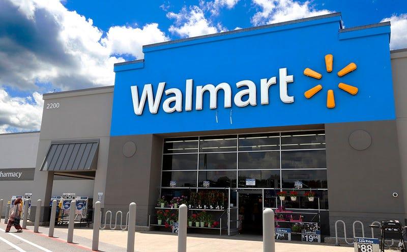 Illustration for article titled No, Walmart no ha dejado de vender videojuegos violentos tras el último tiroteo en Texas