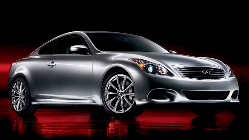 Illustration for article titled Here Are Five Reasons Why You Need To Buy An Infiniti G37 Right Now