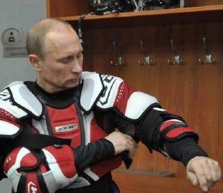 Illustration for article titled Késő, Putyin, késő, leszállt az est