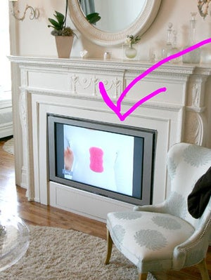 Illustration for article titled DIY In-Fireplace HDTV Mount