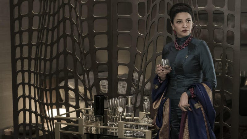 Shohreh Aghdashloo plays powerful Earth politician Chrisjen Avasarala on The Expanse.