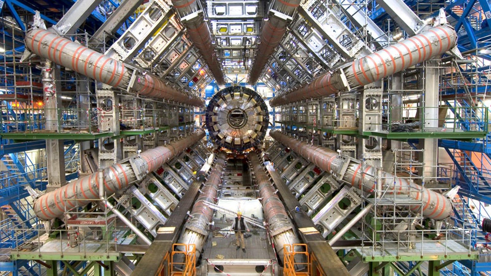 Date un paseo virtual por dentro del LHC, el acelerador de partículas más grande del mundo