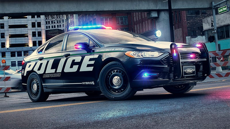ford 39 s hybrid cop car may be slow but it still smokes the crown vic. Black Bedroom Furniture Sets. Home Design Ideas