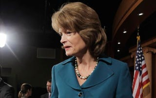 "Illustration for article titled Republican Senator Lisa Murkowski: ""I Support Marriage Equality"""