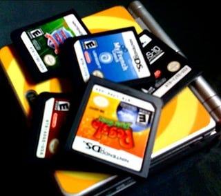 Illustration for article titled Nintendo: Super Small Number of U.S. DSi Owners Have DS Cart Issues