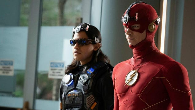 The Flash Is Losing 2 Key Cast Members