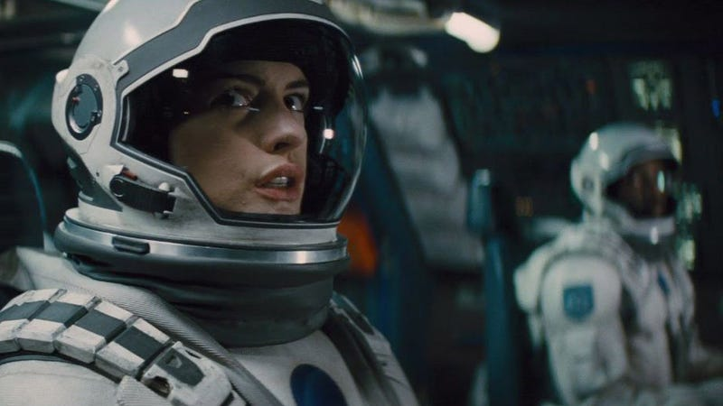 Illustration for article titled Anne Hathaway Is Making a Movie About Meteors That Turn Men into Aliens