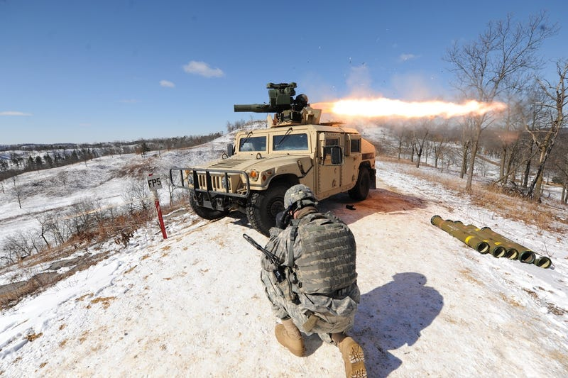File photo of US Army soldiers training with Raytheon's TOW missile at Fort McCoy, Wisconsin, on March 14, 2016. (Photo by Jamal Wilson/Department of Defense)