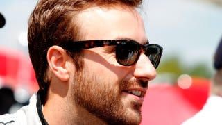 Illustration for article titled Hinchcliffe Expected To Make Full Recovery After Horrific IndyCar Crash