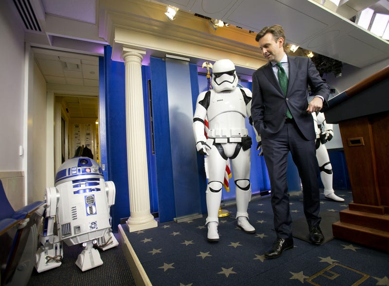 Illustration for article titled Stormtroopers And Droids Invade The White House