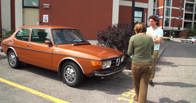Illustration for article titled Son Surprises Mom With Her Dream Car: A Gorgeous Copper 1973 Saab 99