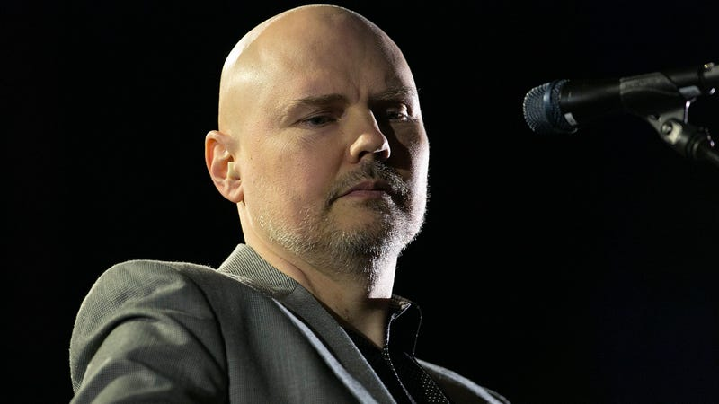 Illustration for article titled Remember when Billy Corgan saw a shapeshifter? Yeah, he might've had sex with it