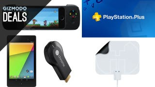 Illustration for article titled Charge Four Gadgets at Once, Nexus 7 with a Free Chromecast, PS+