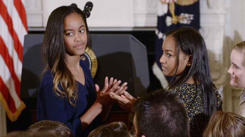 Malia Obama Gets Her Pregame Makeout On For Harvard-Yale Game