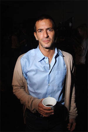 Illustration for article titled Douchebag Designer Marc Jacobs Is One Righteous Dude