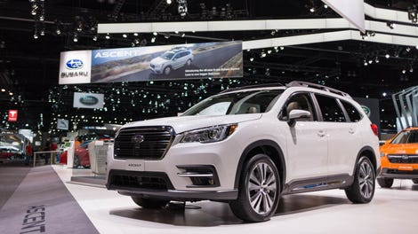 I Found All 19 Of The New Subaru Ascent S Cupholders