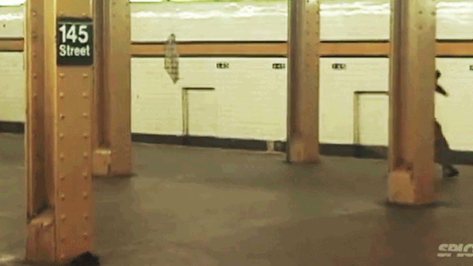 Insane skater jumps subway tracks in NYC