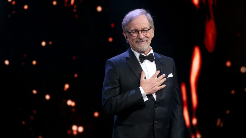 Illustration for article titled Steven Spielberg thinks streaming movies belong at the Emmys, not the Oscars