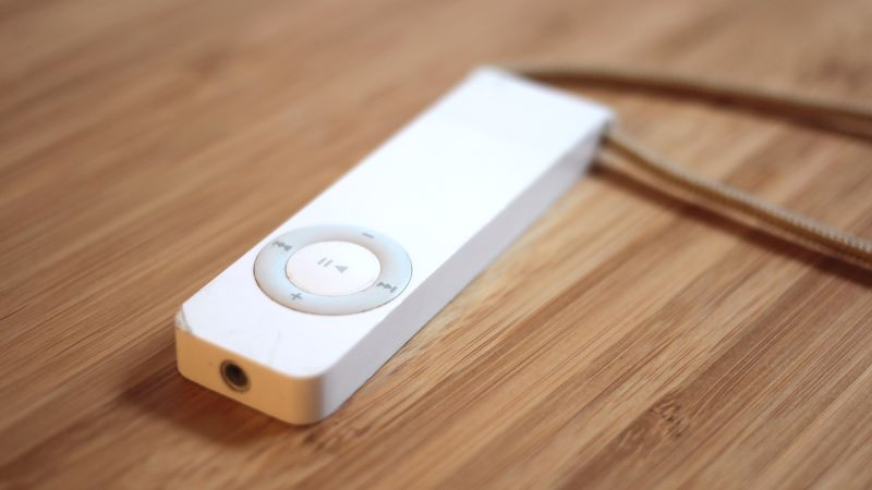 The iPod Shuffle Review 2017