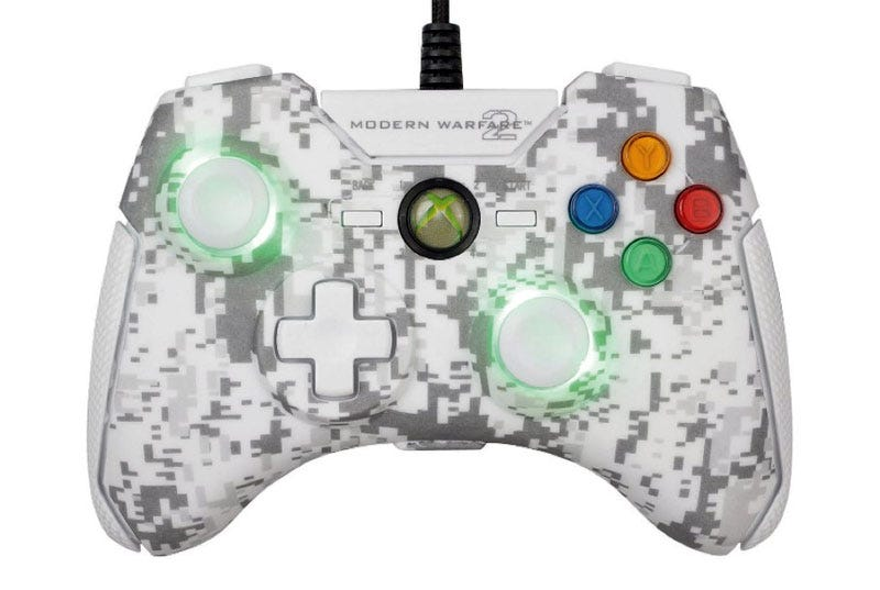 Illustration for article titled Modern Warfare 2 Xbox 360 Combat Controller Review: Plugged In