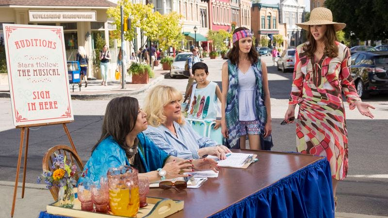 """Illustration for article titled Gilmore Girls tests its range in a """"Summer"""" staging of Stars Hollow: The Musical"""