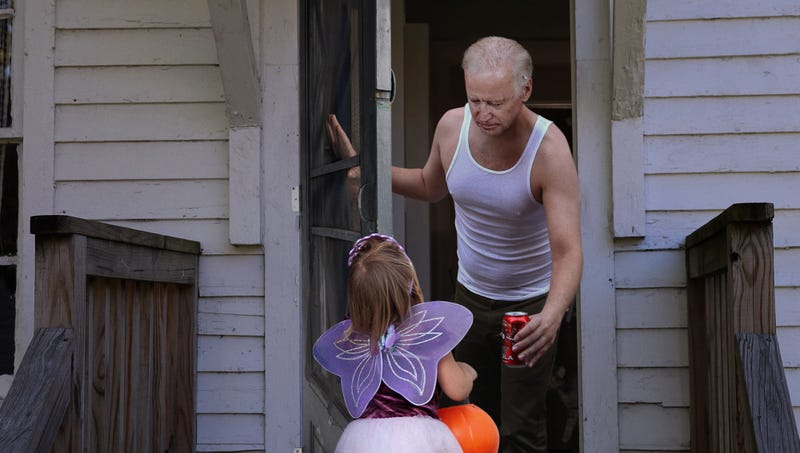 Illustration for article titled Biden Hands Out Loose GT Cola Can To Unexpected Trick-Or-Treater