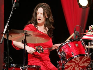 Illustration for article titled Meg White Drum Solo Maintains Steady Beat For 23 Minutes