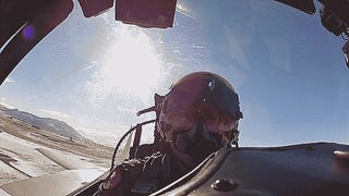 Go Dogfighting In An F-15 In This Crazy Vid